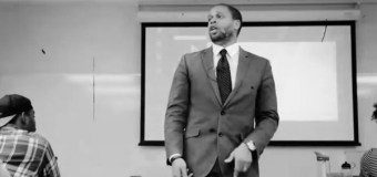 University Professor Uses Hip Hip to Inspire, Deliver Lectures to Students (Video)