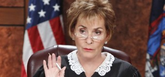 Judge Judy Lets Dog Loose in Her Courtroom So He Can Choose His Real Owner (VIDEO)