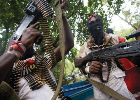 Suspected N'Delta Militants Besiege Lagos Community, Kill Six Policemen