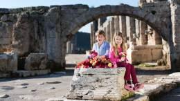 Blumenkinder freuen sich auf die Botanik Expo2016 in Antalya