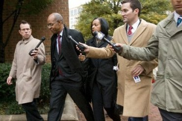 U.S ex-congressman Jefferson wt deals in Nigeria faces 13 years in prison in freezer cash case