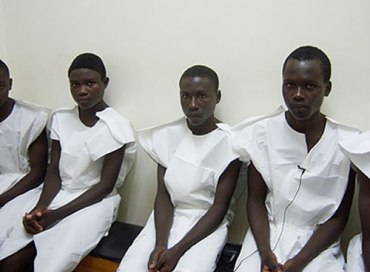 CIRCUMCISION: African men line up in battle against HIV infections