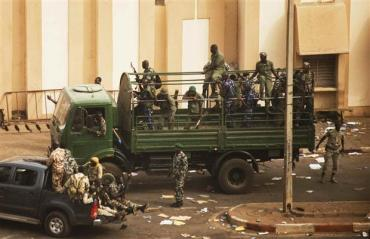 Coup in Mali condemned by South Africa, U.S; looting of President Toure's office continues