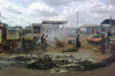Suicide bombing of Nigerian church sparks revenge from Christians in Kaduna