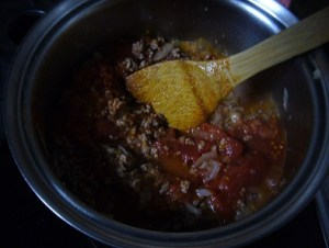 トマトと煮込む