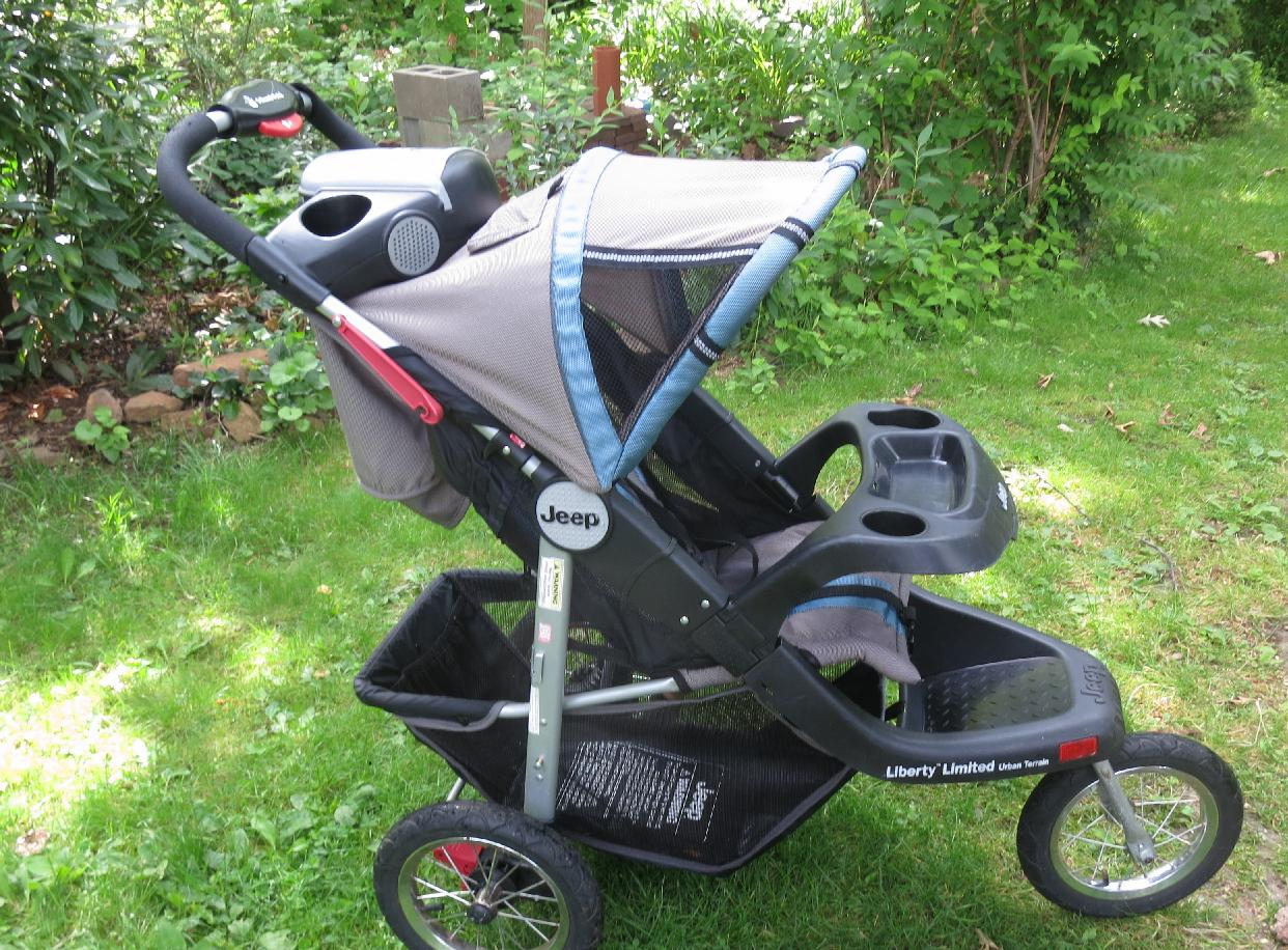 Fullsize Of Jeep Jogging Stroller