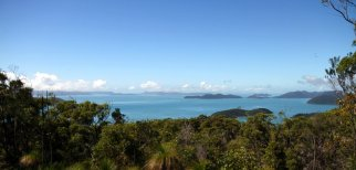 Whitsunday au loin