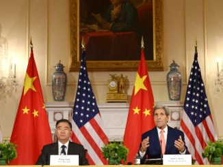 Chinese Vice Premier Wang Yang (2nd L), Chinese State Councilor Yang Jiechi (1st L), U.S. Secretary of State John Kerry (2nd R) and U.S. Treasury Secretary Jacob Lew at a joint press conference after the 7th China-U.S. Strategic and Economic Dialogue I Image: Yin Bogu Xinhua News Agency/Newscom