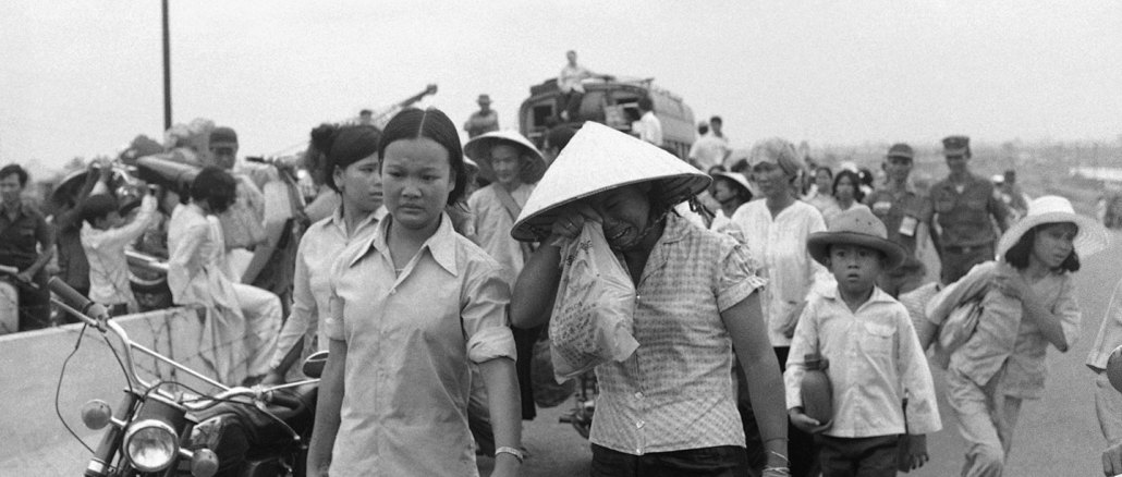 Vietnamese villagers during the Fall of Saigon I Images: AP
