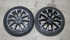 "Stock 19"" Mustang wheel comparison"