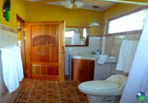 Cabinas Jimenez Bathroom