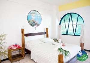 Lookout Inn Lodge Bedrooms