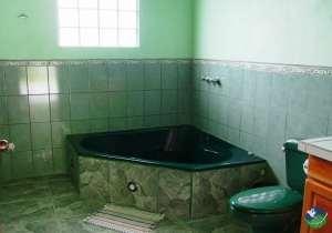 Natuga EcoLodge-Villas Bathroom