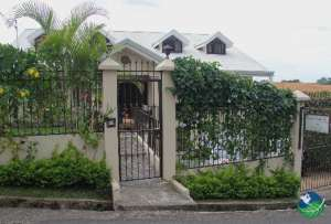 Front gate, Casa Isabella