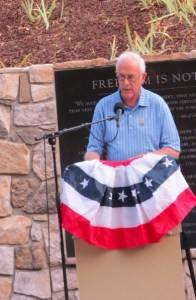 Bert Upson, 9-11 attack survivor speaks at the Remembrance Ceremony