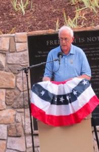 Bert Upson, 9-11 attack survivor speaks at the Remembrance Ceremony