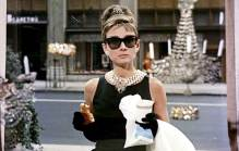 Cena do filme Breakfast at Tiffany's