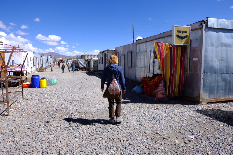 Containerbazaar in Murghab