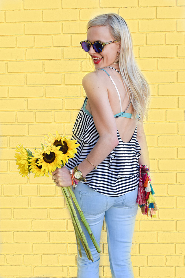 vandi-fair-blog-lauren-vandiver-dallas-texas-southern-fashion-blogger-blank-nyc-frayed-belle-yeah-belle-bottom-jeans-striped-ruffled-tank-top-baublebar-capri-amulet-necklace-6