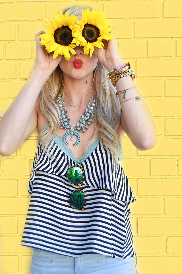 vandi-fair-blog-lauren-vandiver-dallas-texas-southern-fashion-blogger-blank-nyc-frayed-belle-yeah-belle-bottom-jeans-striped-ruffled-tank-top-festival-outfit-sunflower-eyes