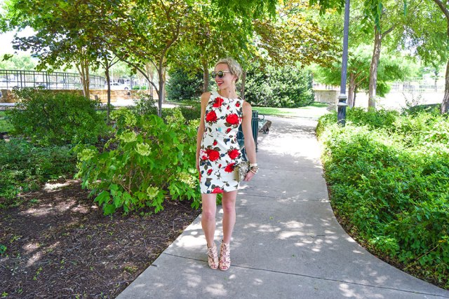 vandi-fair-blog-lauren-vandiver-dallas-texas-fashion-blogger-filly-flair-womens-online-boutique-breakfast-at-tiffanys-floral-red-rose-print-keyhole-dress-uptown-girl-lace-up-booties-7