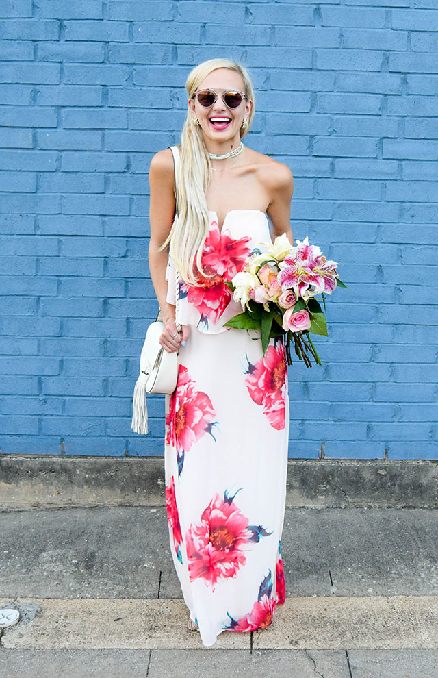 vandi-fair-blog-lauren-vandiver-dallas-texas-southern-fashion-blogger-nordstrom-way-in-strapless-popover-floral-maxi-dress-pink-dior-so-real-sunglasses-rose-7