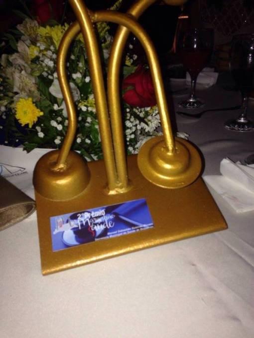 O prêmio é concedido aos melhores municípios do Estado em gestão de saúde.
