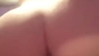 Princesinha Ave Marie se masturbando parte 2