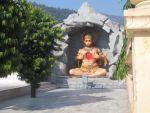 Hanuman öffnet sein Herz