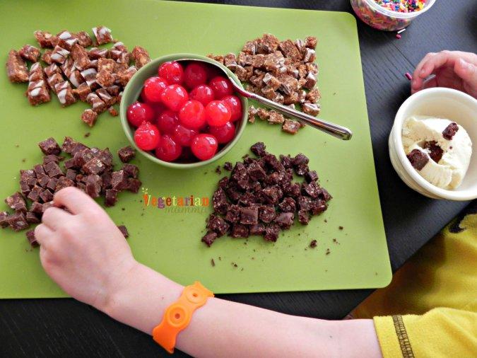 ELF-Decadent Bars for Sundaes @vegetarianmamma.com
