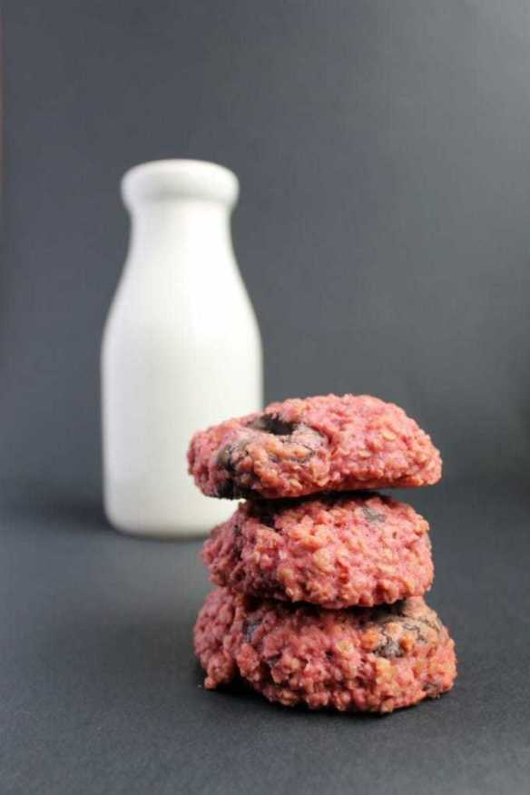Beet Cookies! Beetroot Chocolate Chunk Cookies | Vegetables in Dessert | Veggie Desserts Blog
