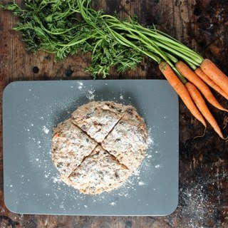 Cinnamon Carrot Soda Bread | Veggie Desserts Blog