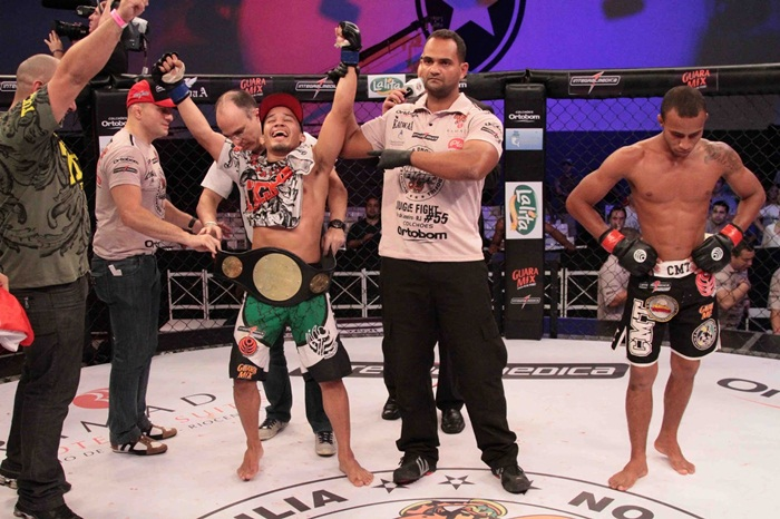 MMA - Júnior Boya - campeão do Jungle Fight - by Fernando Azevedo