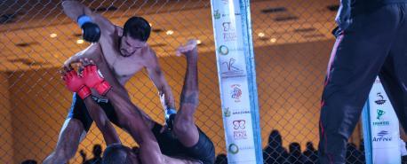 Wagner Noronha supera Marajó e conquista cinturão unificado dos penas no Rei da Selva 8, em Manaus