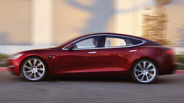 Tesla Model S Alpha build. Photo courtesy GreenCarReports
