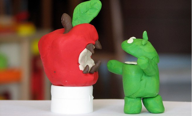 apple v android