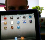 flickr-ipad-staring-guy-655