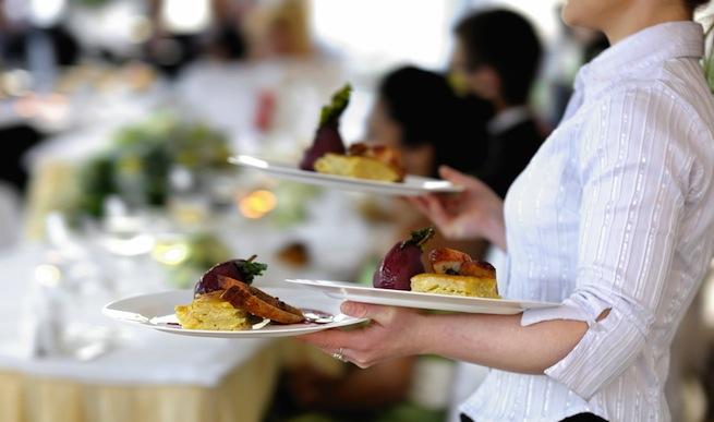 waitress restaurant