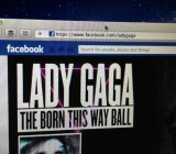 lady-gaga-facebook