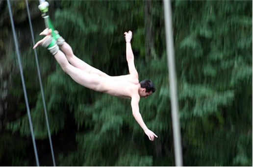 Naked bungy