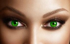 Tyra Banks wants you to Smize