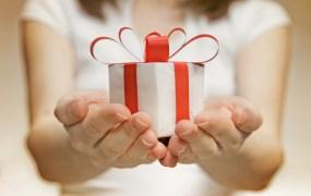 fb gifts holiday