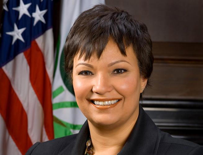 Lisa-Jackson-wikipedia