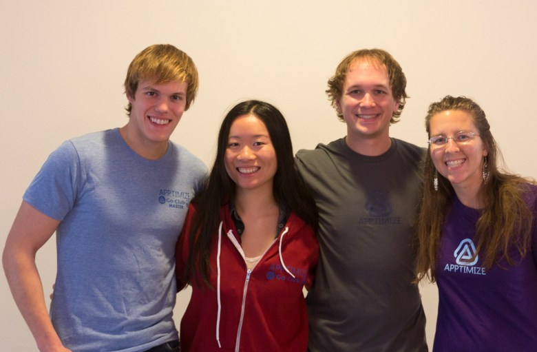Cofounders Nancy Hua and Jeremy Orlow in the center.