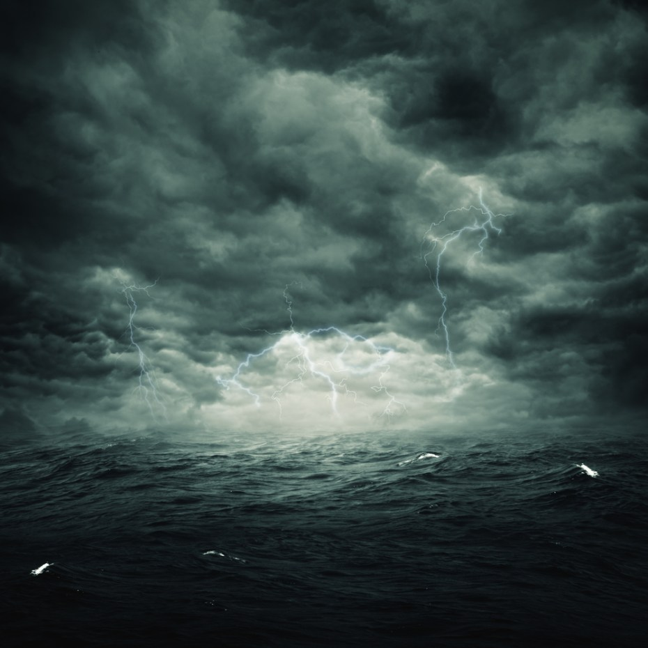 Ase clouds sea shutterstock