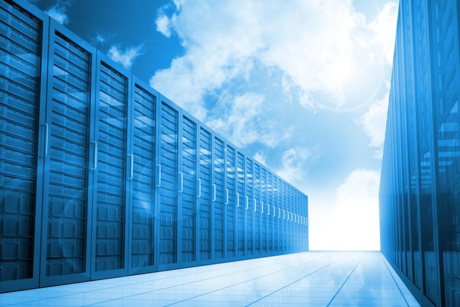 data center cloud wavebreakmedia shutterstock