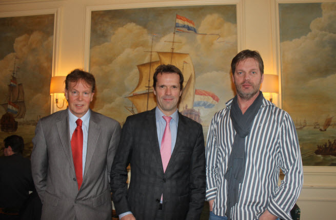 Jan Dexel, B. Leeftink, and Reinout te Brake want the Dutch to make games.