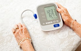 """The FDA regulates """"high-risk"""" medical devices -- but how about digital health?"""