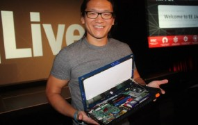 "Andrew ""Bunnie"" Huang with Novena laptop"