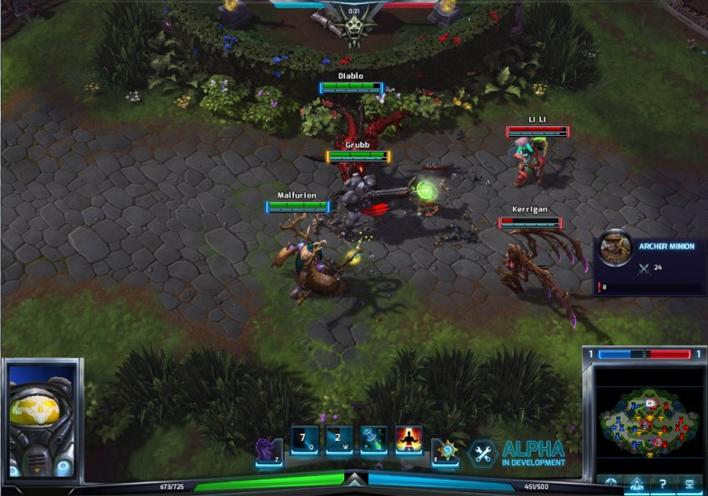 A picture of several characters fighting in Heroes of the Storm, from a top down perspective similar to that of role playing games.